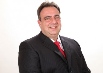 Antonio Fiola é presidente do Sindirepa