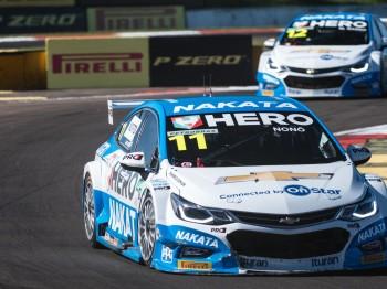 Mais um pódio no Campeonato Brasileiro de Marcas para o Nonô Figueiredo, piloto patrocinado pela Nakata
