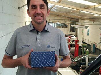 Scopino, mecânico e professor, é embaixador da marca Pierburg no Brasil