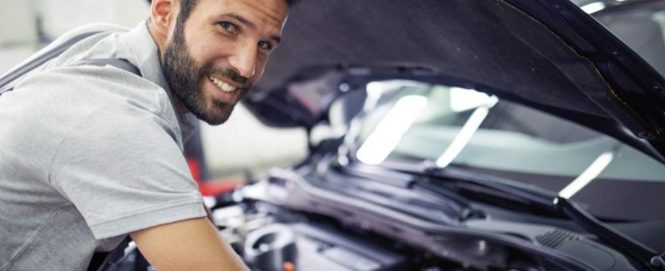 Manutenção preventiva do veículo garante segurança e economia